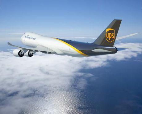 UPS mua 14 may bay van tai co lon 747-8F - Anh 1