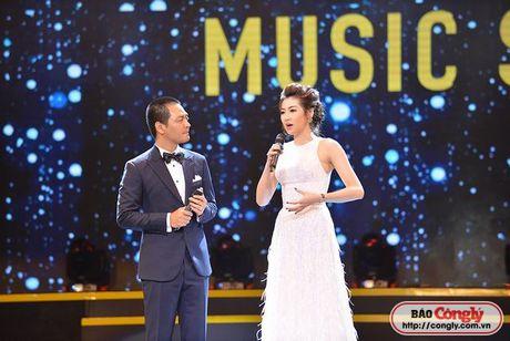 Phan Anh tan tinh My Tam ngay tren san khau 'Dong thoi gian' - Anh 11