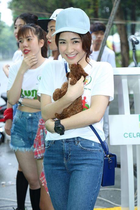 Ngoc Thanh Tam cung dan sao Viet xuong duong 'Chay vi trai tim' - Anh 9