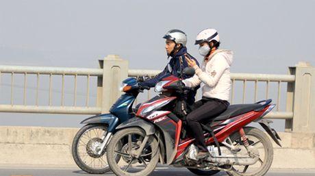 Dieu khien xe moto khong co Giay phep lai xe bi xu phat nhu the nao? - Anh 1