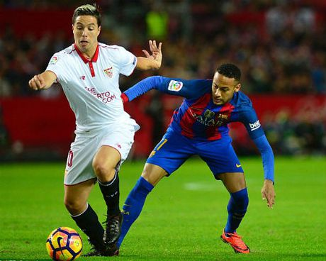 Goc chien thuat Sevilla - Barca: Hay can Messi neu co the - Anh 1