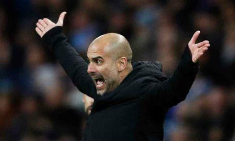Man City mat ngoi dau: Pep Guardiola dang boi roi - Anh 2