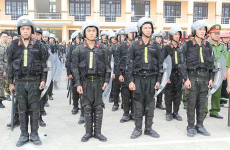 Can canh dien tap chong khung bo o Cao Bang - Anh 10