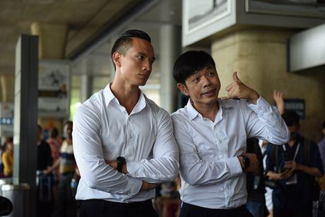'Ong hoang phong ve' Thai Hoa ket hop cung Kim Ly trong 'Ve si Sai Gon' - Anh 1