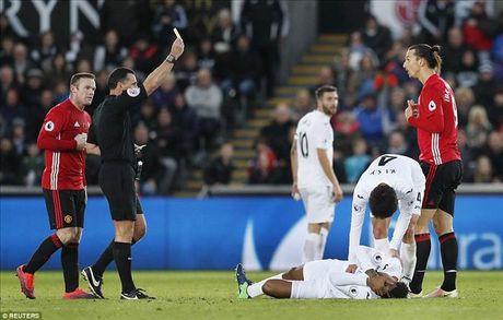 Mourinho vui ve khen ngoi hoc tro sau chien thang truoc Swansea - Anh 4