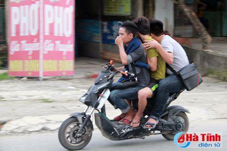 An ninh trat tu nong thon (bai 1): Giao thong, thich la... di! - Anh 2