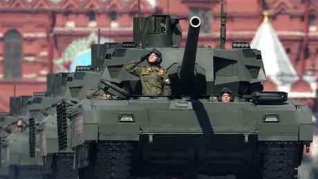 Vi sao xe tang T-14 Armata cua Nga gay soc cho quan doi Anh? - Anh 1