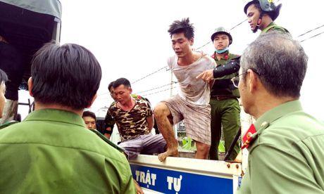 90 phut cang thang ngan chan hoc vien vo trai cai nghien - Anh 12