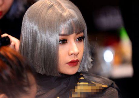 Chi Pu, Angela Phuong Trinh trang diem dep voi gu la - Anh 1