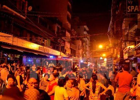 Tp. Ho Chi Minh: Tam giu doi tuong gay vu chay tren duong Bui Vien - Anh 1