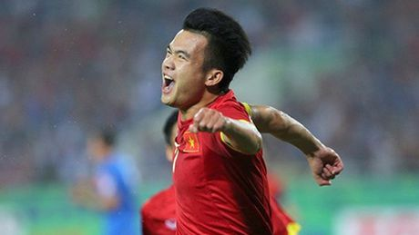 Doi tuyen Viet Nam mat them Hoang Thinh cho tran gap Indonesia - Anh 1