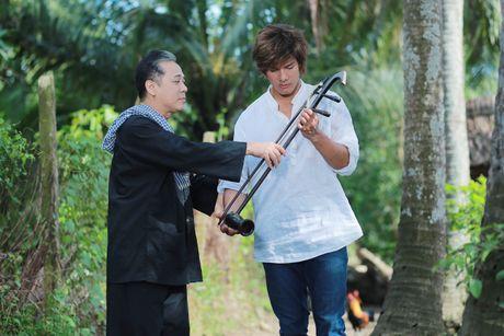 NSUT Thanh Loc gui tang 100% cat-se 'Luc Van Tien' cho nguoi dan vung lu - Anh 2