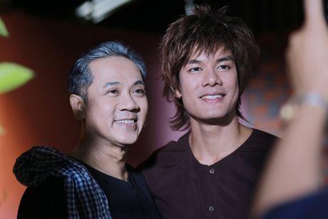 NSUT Thanh Loc gui tang 100% cat-se 'Luc Van Tien' cho nguoi dan vung lu - Anh 6