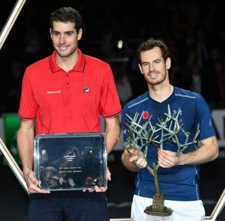 Andy Murray quat nga 'ga khong lo' John Isner tai chung ket - Anh 1