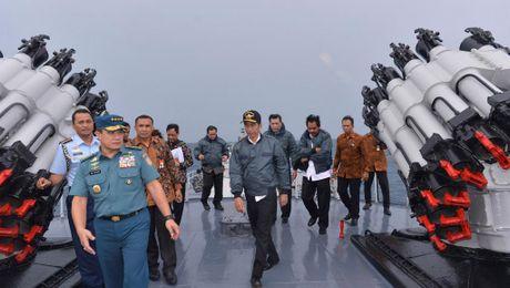 Indonesia tang cuong vu khi de phong 'co bien' o Bien Dong - Anh 1