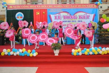 Quang Binh: Mot co giao chet trong tu the treo co - Anh 1