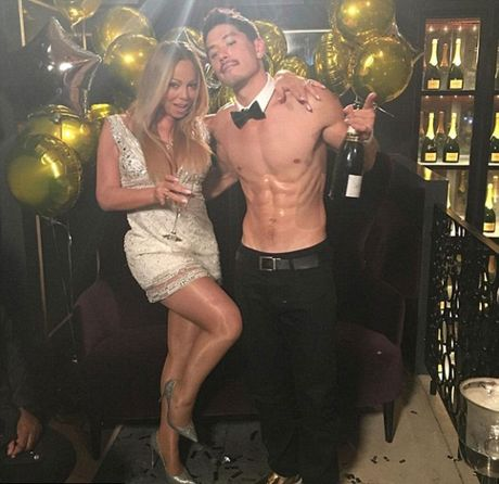 Hop dong tien hon nhan sac mui vat chat cua Mariah Carey va ti phu - Anh 3