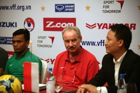 HLV Alfred Rield: Viet Nam la doi bong ua thich cua Indonesia - Anh 1