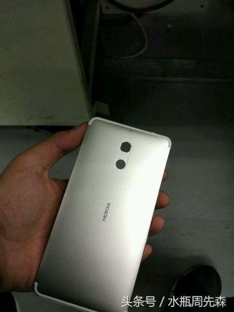 Smartphone Nokia voi thiet ke kim loai tiep tuc lo anh truoc them ra mat - Anh 3
