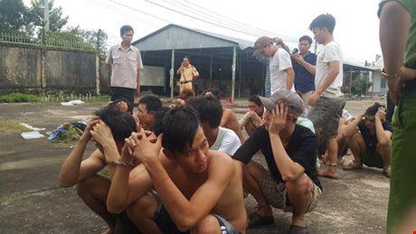 Cang thang tiep dien tai Trung tam cai nghien Dong Nai - Anh 5