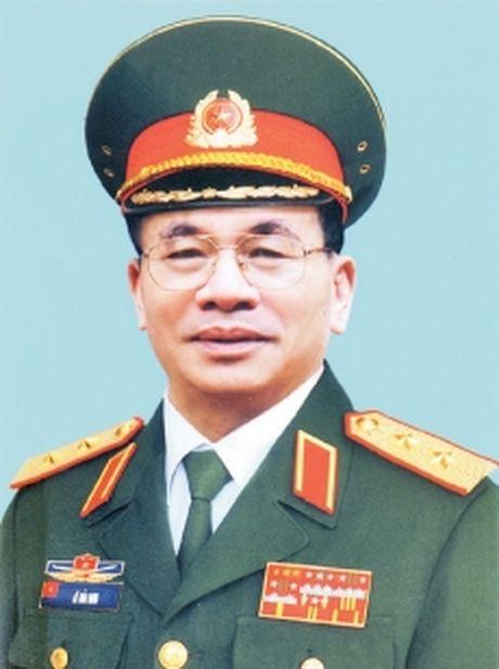 Tin buon: Trung tuong Le Hai Anh tu tran - Anh 1