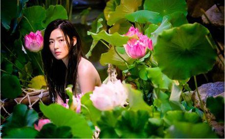 Jun Ji Hyun goi cam khi hoa nang tien ca trong phim - Anh 2