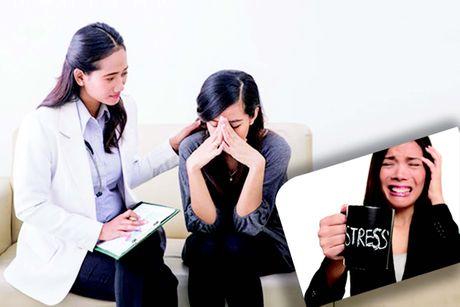 Chua roi loan stress sau sang chan tam ly - Anh 1