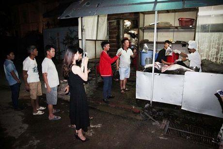 Ca lang song Me Kong nang 70kg cuc hiem lan dau tien xuat hien tai Ha Noi - Anh 4