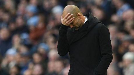 Liverpool len dinh bang: 'Giao su' ham huc, Klopp cuoi tha ga - Anh 1
