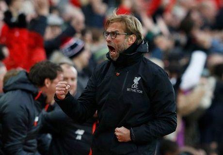 Liverpool len dinh bang: 'Giao su' ham huc, Klopp cuoi tha ga - Anh 3