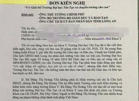 Hang loat phu huynh DH Tan Tao kien nghi giai the, xin chuyen truong - Anh 1