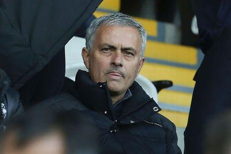 Khong co Mourinho, Man United cang chay tot - Anh 3