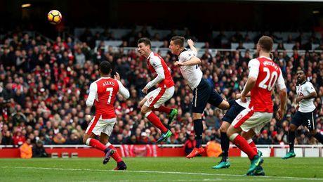 Alexis Sanchez 'muoi mat' cung doi hinh te nhat vong 11 Premier League - Anh 4