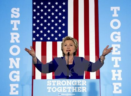 Mot dai cu tri bang Washington tuyen bo khong ung ho ba Clinton - Anh 1