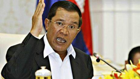 "Thu tuong Campuchia canh bao ""cach mang mau"" - Anh 1"