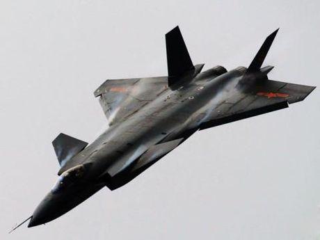 Tran chien may bay khoc liet giua J-20 va ATD-X - Anh 1