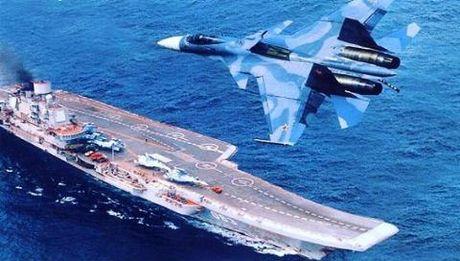 Su-33 bat dau tuan tra Tartus: Thong diep manh me cua Nga - Anh 1