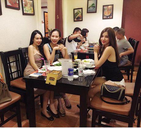 Choang voi ve mon mon cua vo Tuan Hung khi mang bau - Anh 3