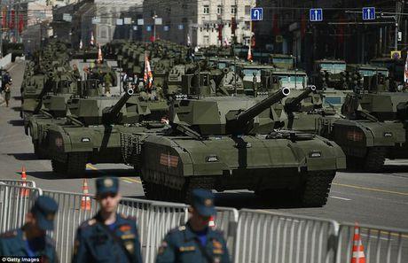 Sieu tang Armata Nga vuot mat moi doi thu phuong Tay - Anh 1