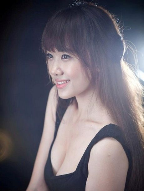 'Chao dao' vi anh qua khu nong bong cua ban gai Tran Thanh - Anh 6