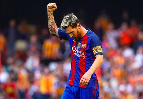 Messi, Suarez bay cao, Bale duoi kip Ronaldo trong cuoc dua Pichichi - Anh 1