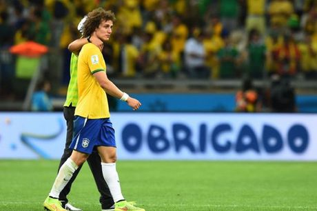 Duc huy diet Brazil 7-1, Oezil noi gi voi David Luiz? - Anh 1