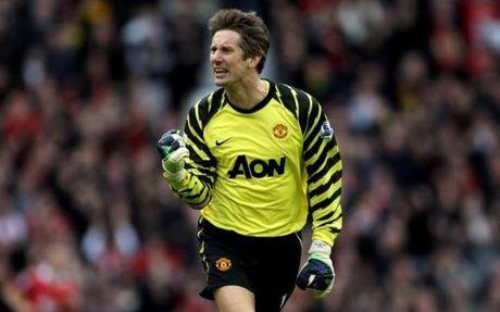 Sir Alex Ferguson va 5 thuong vu tot nhat o Man United - Anh 2