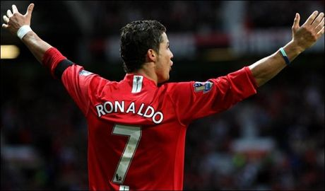 Sir Alex Ferguson va 5 thuong vu tot nhat o Man United - Anh 4