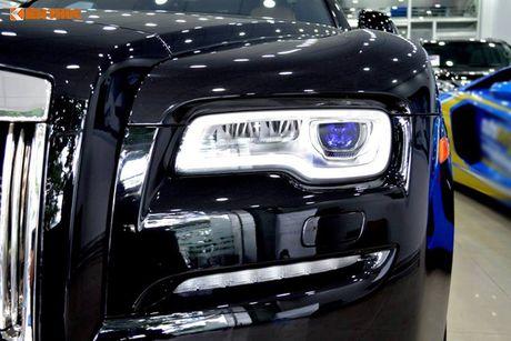 Ly Nha Ky ngoi sieu xe sang Rolls-Royce 40 ty du su kien - Anh 4