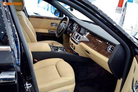 Ly Nha Ky ngoi sieu xe sang Rolls-Royce 40 ty du su kien - Anh 8