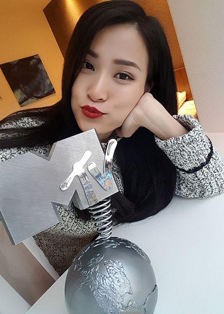 Dong Nhi noi ve nghi van bi doi xu bat cong tai MTV EMA - Anh 2