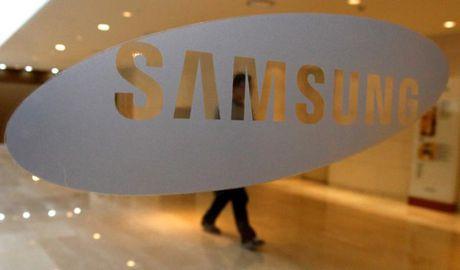 Samsung bi dieu tra, nghi dinh liu toi scandal cua Tong thong Han Quoc - Anh 1