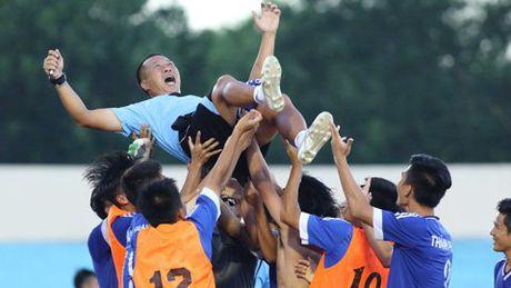 Nong cot U19 Viet Nam 'tan dan xe nghe' sau chiec ve World Cup - Anh 1