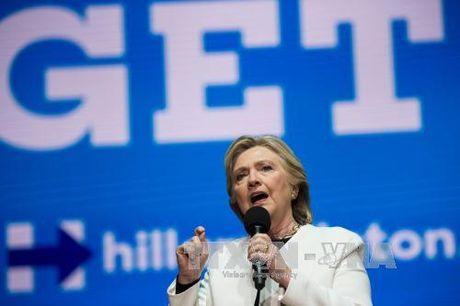"""Sat gio G, ba Clinton van dong tranh cu quy mo lon tai bang """"chien dia"""" - Anh 1"""